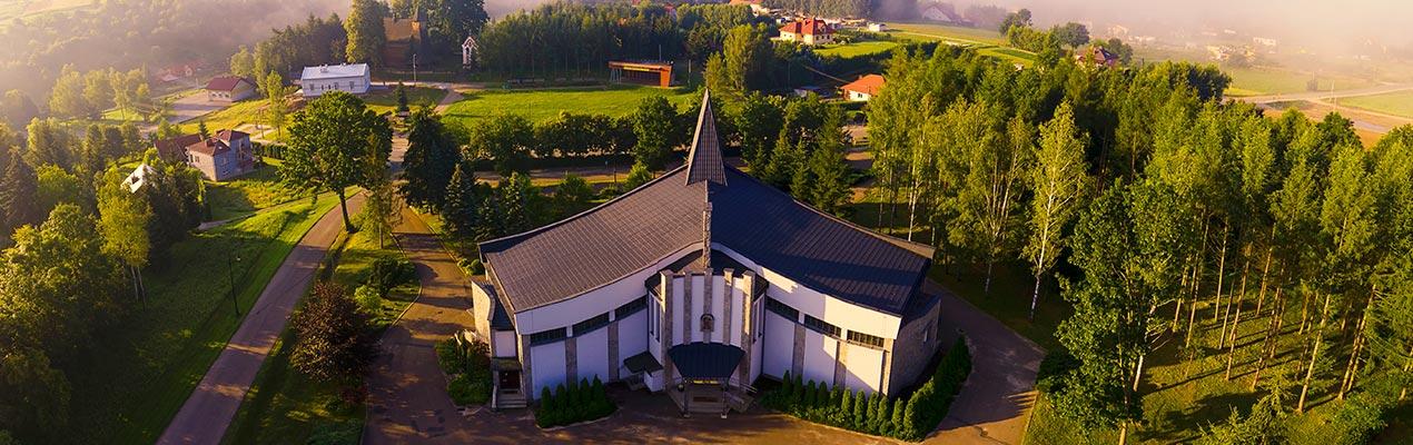 Parafia w Trzcinicy